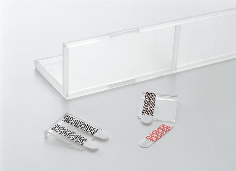 s0807_shelves02