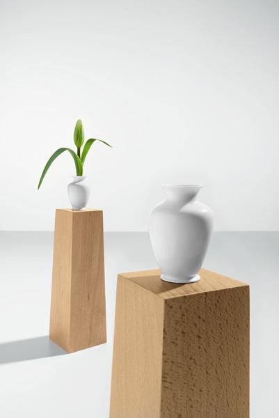 s1208_pedestal_vase_05