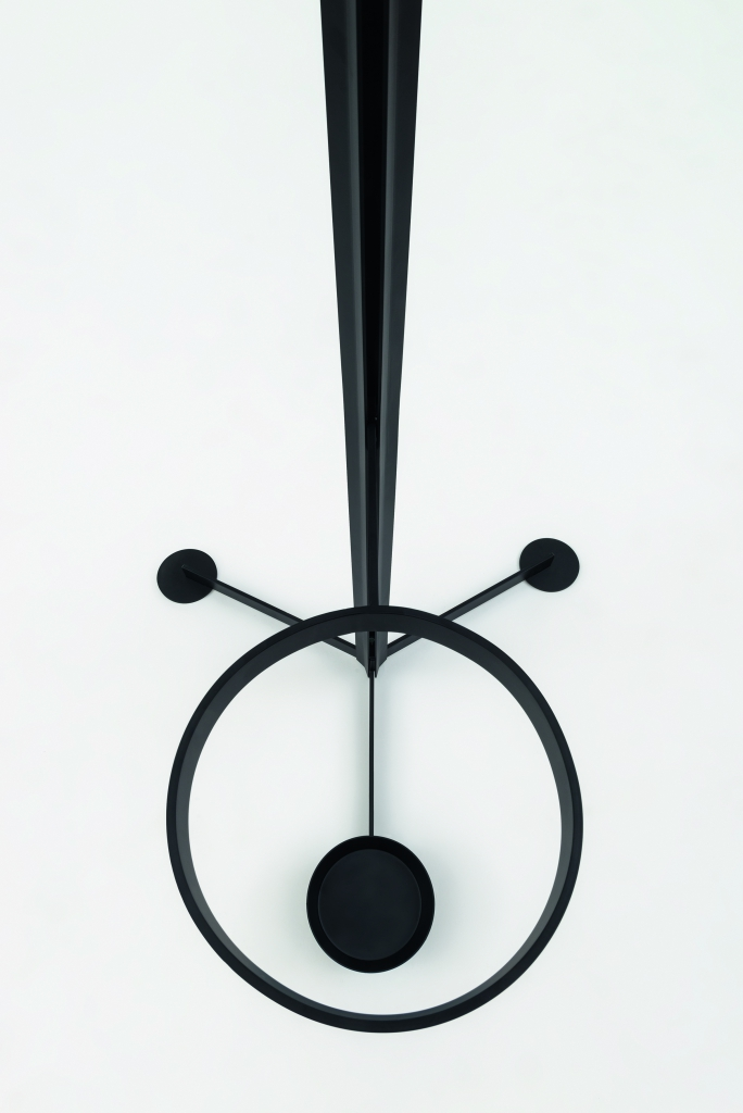 Familia Coat Hanger_High_003