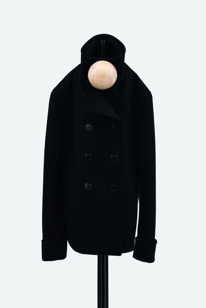 Familia Coat Hanger_High_005