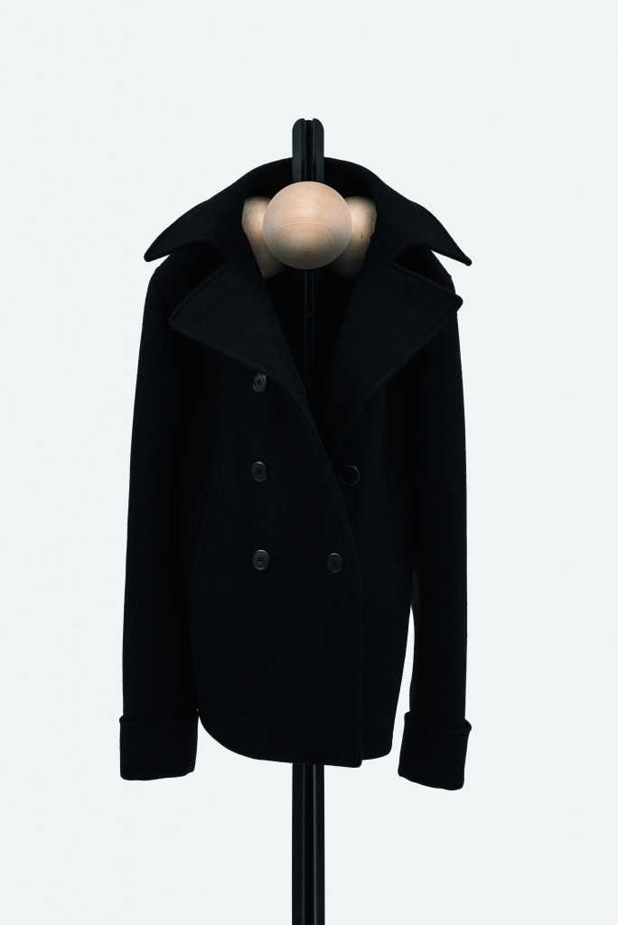 Familia Coat Hanger_High_007